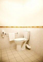 Toilettes aménagées